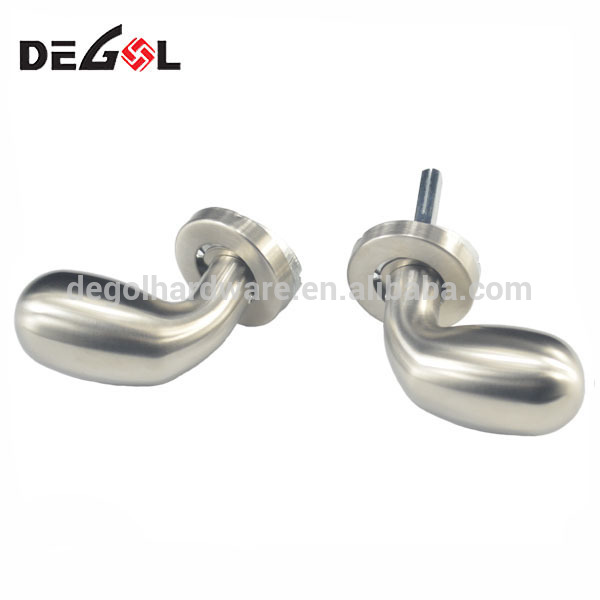 Newest modern cheap Imitation casting stainless steel door handle for inside door